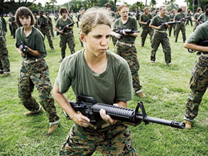 women in US army